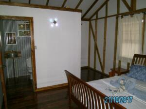 TreeTop 9 and 10 -- sleeps 2 - one queen bed, en-suite solar hot shower